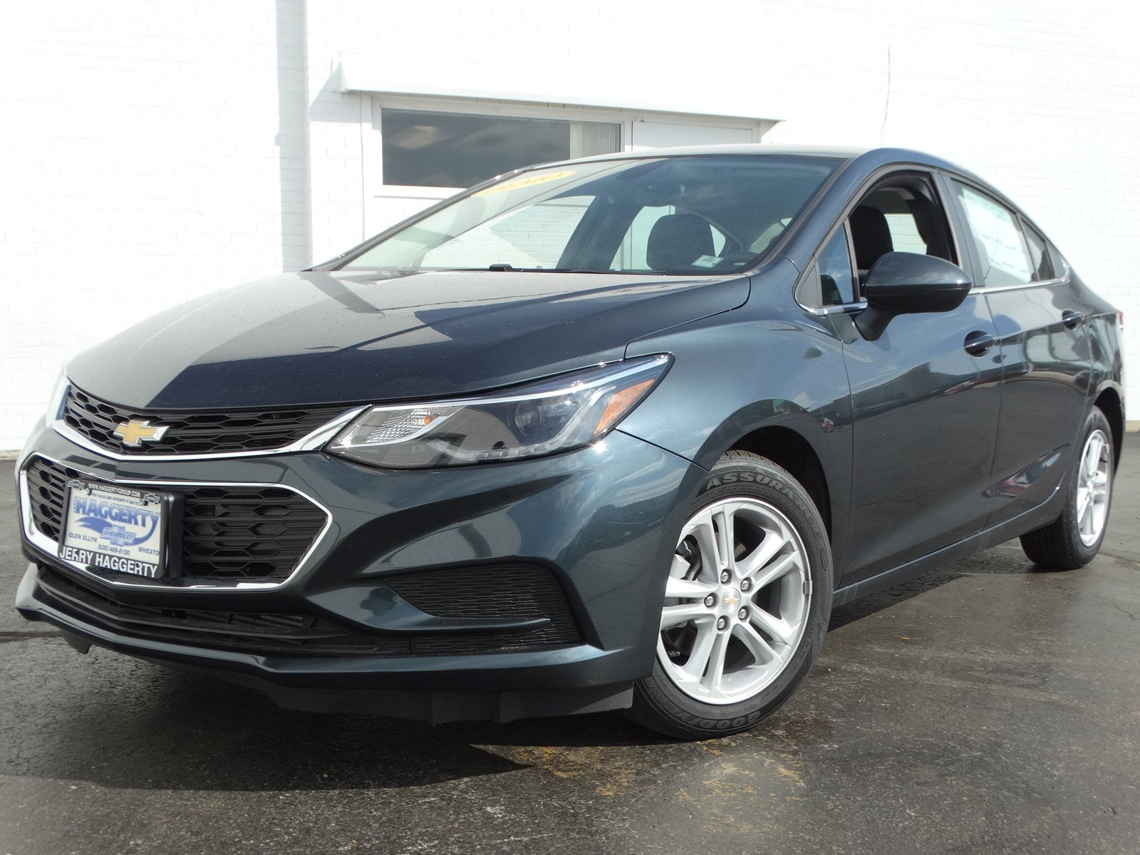 New 2018 Chevrolet Cruze LT FWD 4DR SDN Stock # 65058