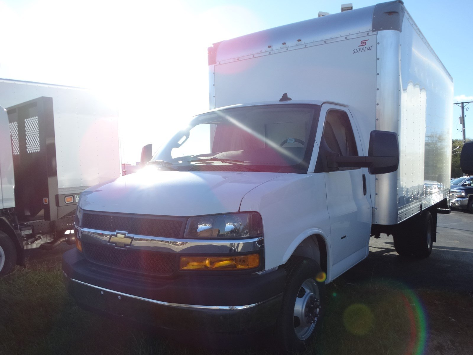 New 2018 Chevrolet Express Commercial Cutaway COMMERCIAL