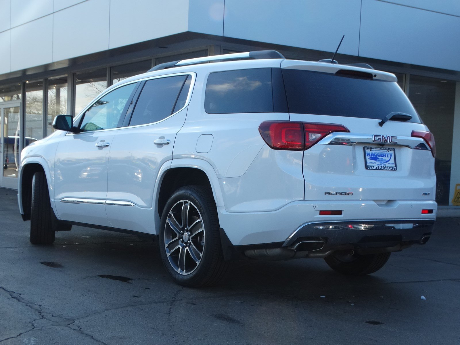 Certified Pre-Owned 2018 GMC Acadia AWD Denali