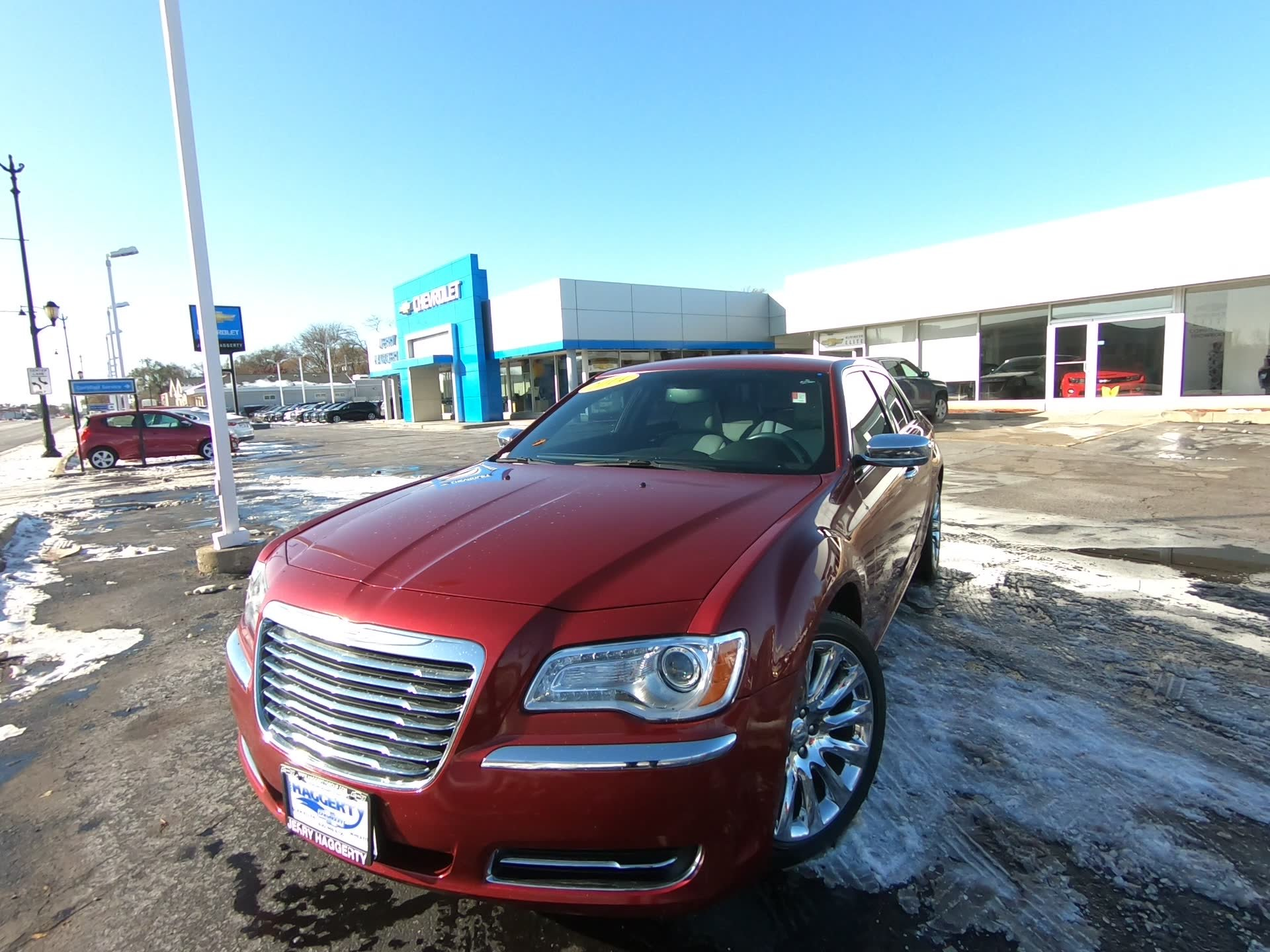 Pre-Owned 2014 Chrysler 300 Uptown Edition